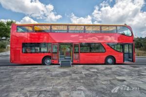UNVI-Elektrobusse-fuer-Stadtrundfahrten